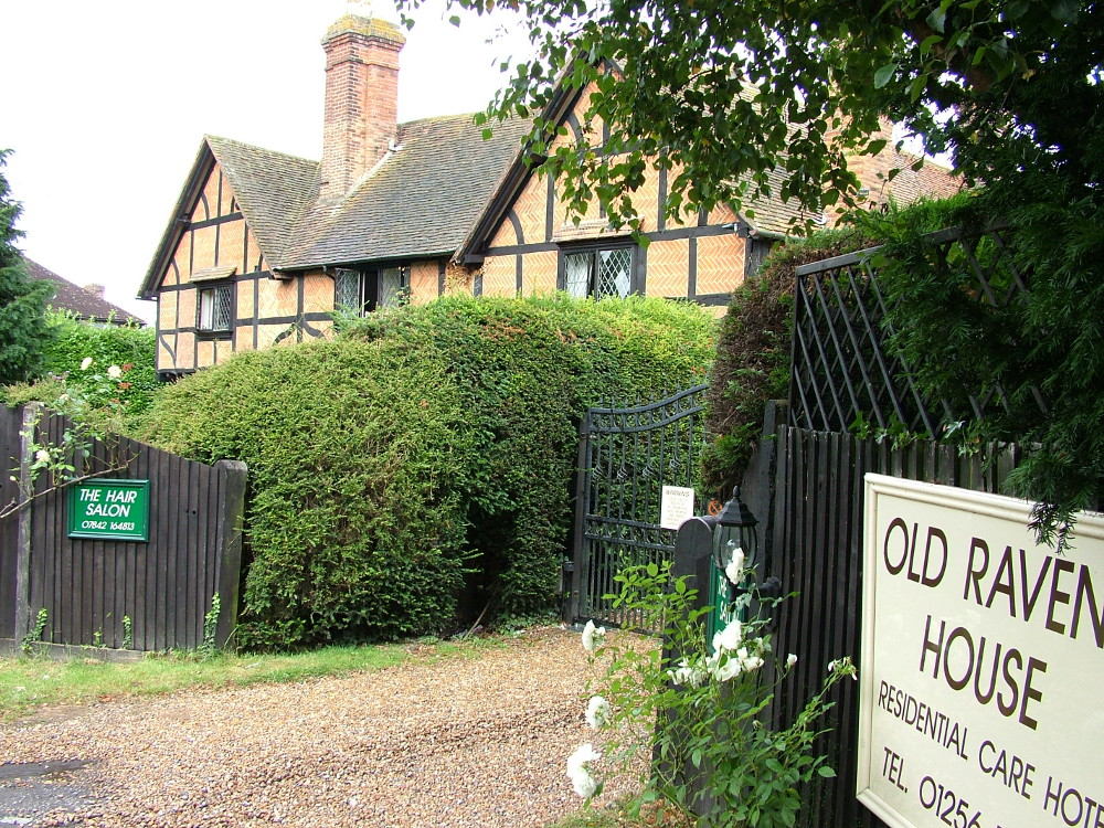 Old Raven House Hook Hampshire